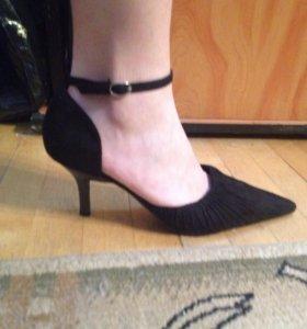 Туфли женские р. 39,5