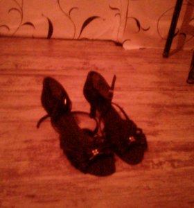 Босоножки для бальных танцев