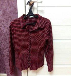 новая Рубашка бордовая черная рисунок