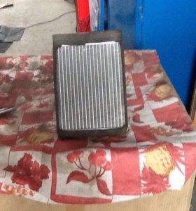Радиатор печки на автомобиль Соната 5