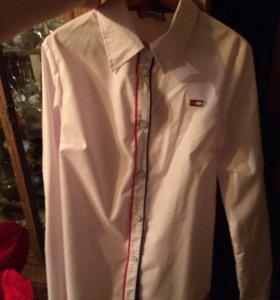 Женская классическая блузка