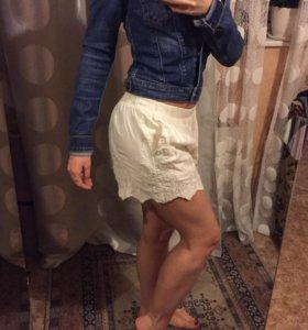 Новые шорты винтажные белые( кремовые) Zara.