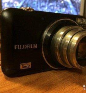 Фотоаппарат Fijifilm в идеальном состоянии