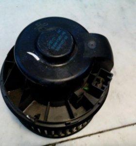 Вентилятор печки Ford Focus2