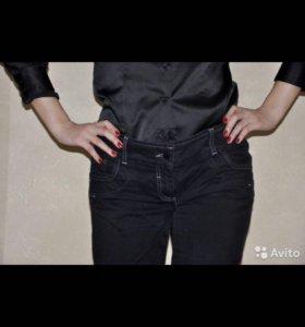 Черные джинсы boot cut 46