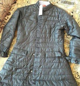 Женская куртка .Новая. 46р