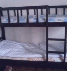 Двухяросная кровать.