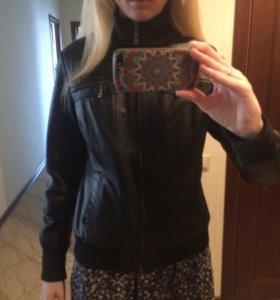 Куртка весенняя  экокожа, 42-44