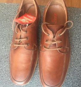 Туфли мужские ( новые)
