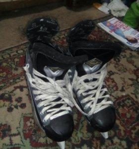 Полупрофессиональные Хоккейные коньки 39размера