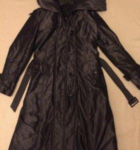 Пальто демисезонное,в отличном состоянии 1500р