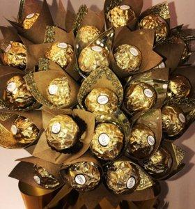 Стильный букет из конфет