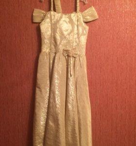Платье детское. На девочку 6-7 лет
