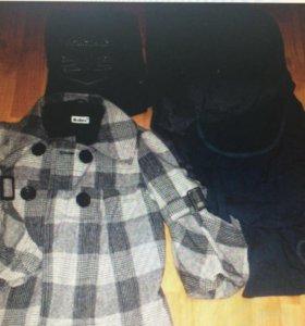 Пакет вещей. Пальто, джинсы, блузки.