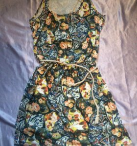 Платье с открытой спинкой Р 42