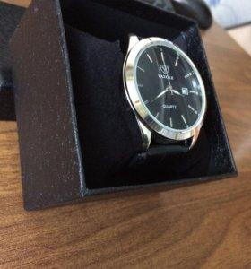 Продам часы. Новые!!!