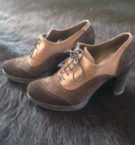 Женские замшевые туфли Nero Giardini