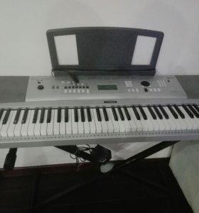 Синтезатор DGX-230 + подставка.