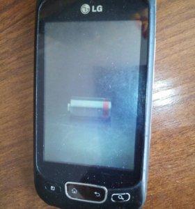 Телефон LG P-500
