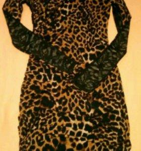 Леопардовое платье с чёрной кружевной спинкой р.44