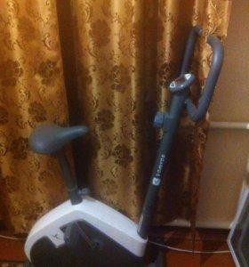 Вело тренажер