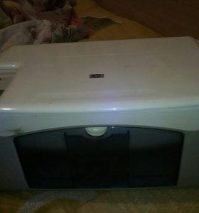 Продам(торг) , принтер срочно , нету кабелей