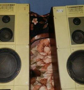 Две колонки S90B