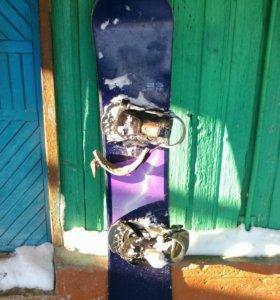 Сноуборд в хорошем состоянии.