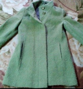Отдам пальто весна-осень