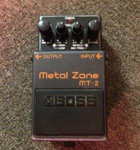Примочка гитарная Boss Metal zone MT-2