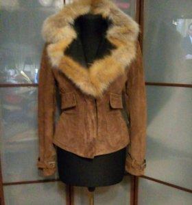 GIANFRANCO FERRE Куртка замша кожа лиса.