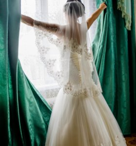Свадебное платье и фата,вышивка ручной работы