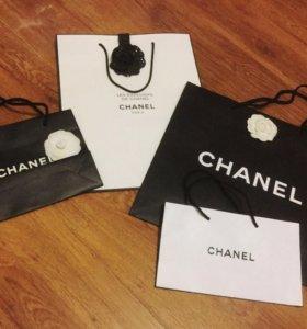 Пакеты, камелии, ленты Chanel (оригинал)