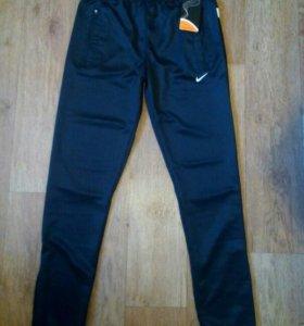 Мужские спортивные штаны новые