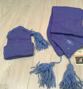 Новый комплект шарф шапка с этикеткой