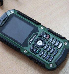 Противоударный влагозащищенный телефон SENSEIT P10