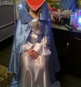 Карнавальное платье снежной королевы