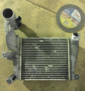 Радиатор интэркуллер мазда сх-7