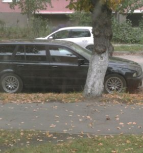 BMW E39 520i touring 1998г