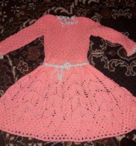 Вязанное крючком платье детское