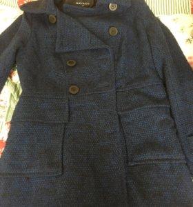 Пальто женское демисезонное 46р.