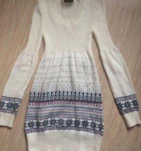 Вязанное платье XS