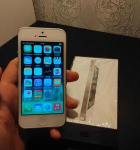 Продам телефон айфон 5