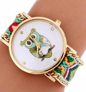 Женские кварцевые часы(новые)