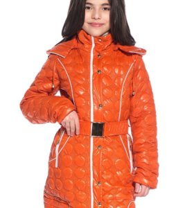Пальто демисезонное на стройняшку .