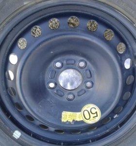 Продам колесо 215/55 р16