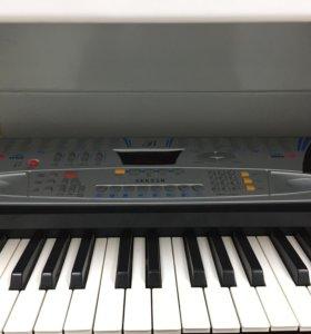 Синтезатор Sek 518