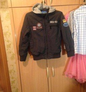 куртка на мальчика на 7-9 лет