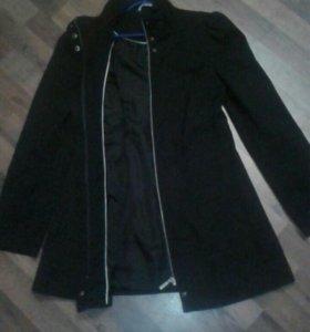 Тканевое пальто-куртка весна