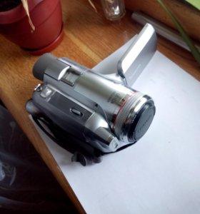 Видеокамера касетная PANASONIC